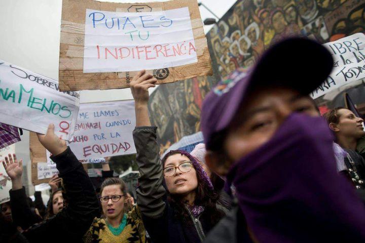 2. Marcha 8 de marzo Quito
