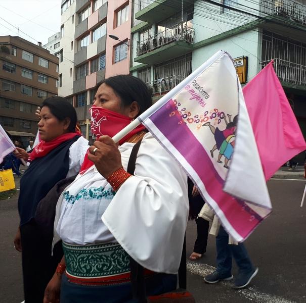 Indígenas.jpg